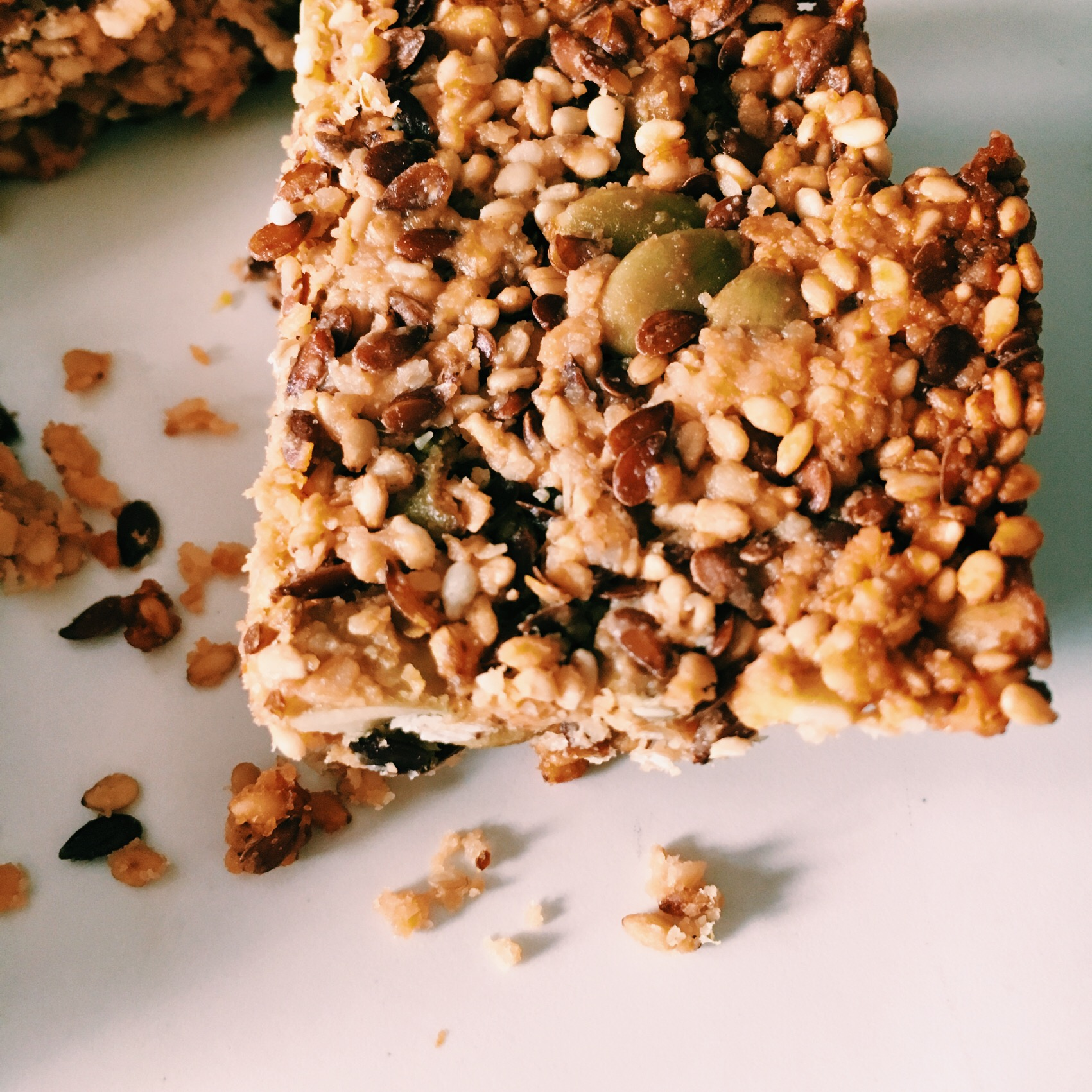 Sesame Pumpkin Seed Bars are power-packed with antioxidant, superfood goodness.