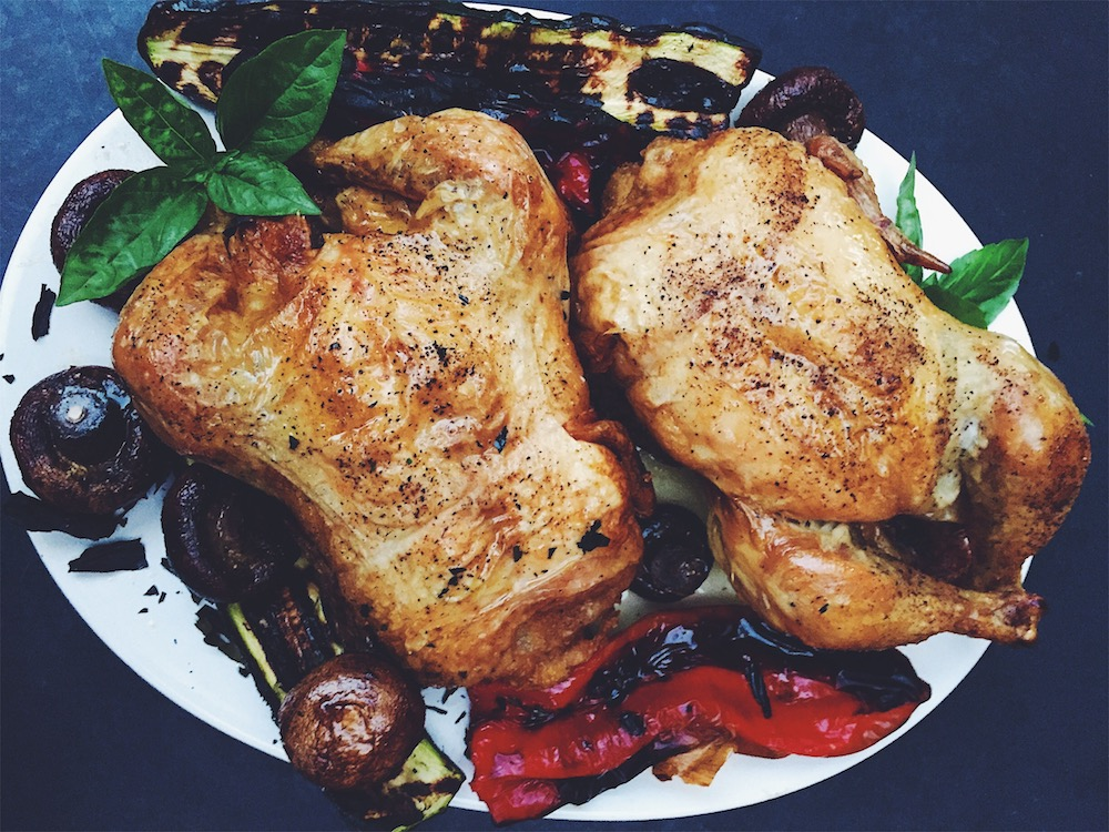 The definitive roasted chicken is served with really delicious sides. Grilled vegetables if you have them fresh in the summer, fingerling potatoes in the autumn and winter with a green salad and mustard vinaigrette.