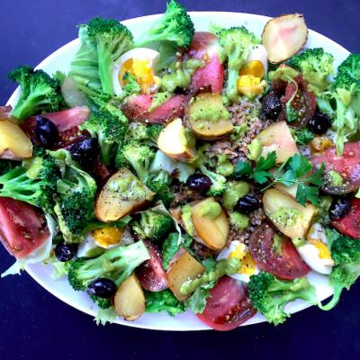 Salad Niçoise with Farro, nutritionally power-packed salad