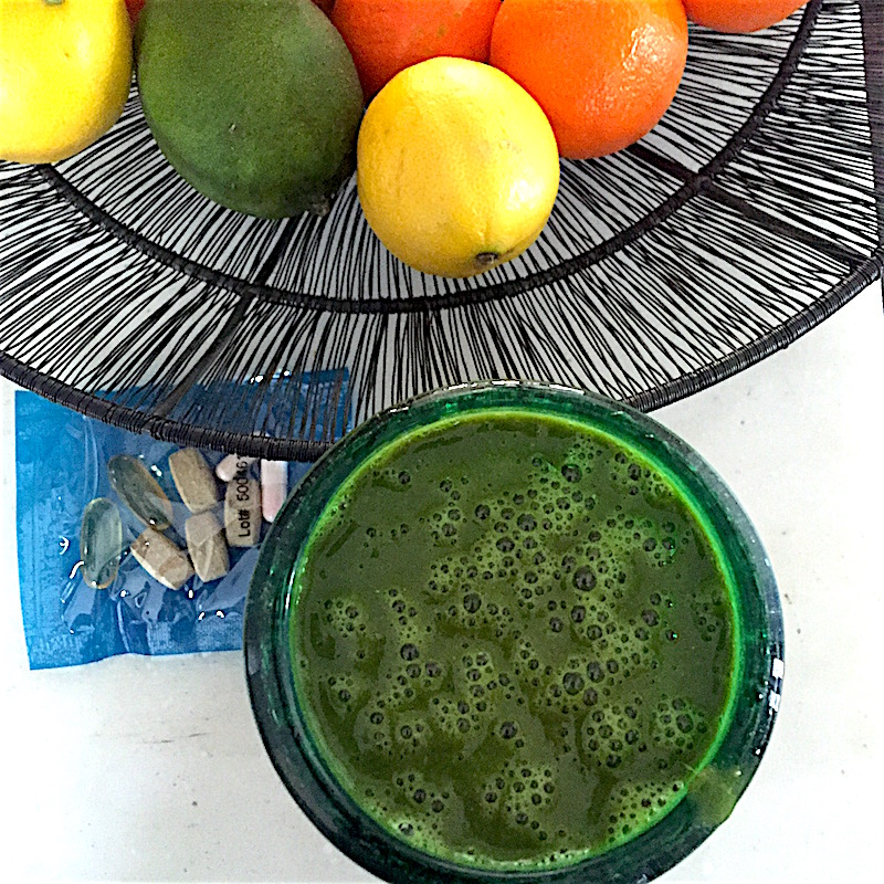 Smoothie for energy boost, antioxidant support, with the Ageless Basics supplements